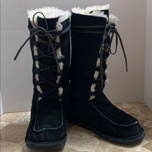 BearPaw lace up tall boot